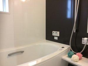 狭いし寒いお風呂をリフォームして「暖かいオシャレで快適」なバスルームにするコツ