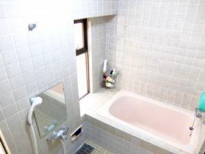 【工事期間はどの程度?】既存在来工法の浴室を新規ユニットバスにリフォームする場合