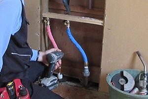 キッチンを動かすリフォームは給排水の移動距離を短めにしないと失敗する事も!