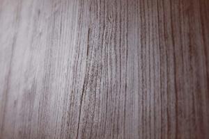 素材は本物の木肌のようなリアルな表情が魅力